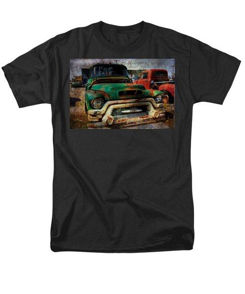 Mr Green 4 Sale Men's T-Shirt  (Regular Fit) by Toni Hopper