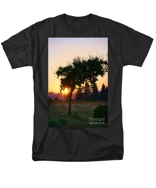 Men's T-Shirt  (Regular Fit) featuring the photograph Napa Moment by Ellen Cotton