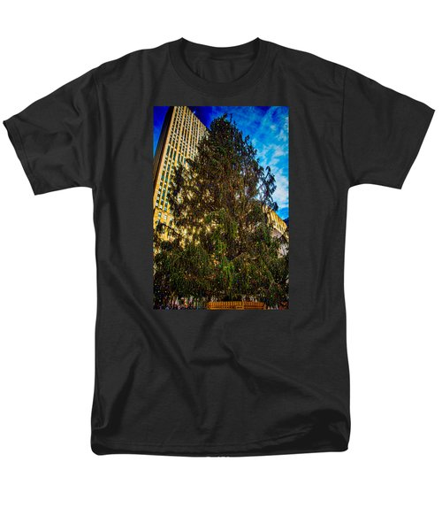 Men's T-Shirt  (Regular Fit) featuring the photograph New York's Holiday Tree by Chris Lord