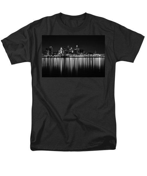 Nightfall In Philly B/w Men's T-Shirt  (Regular Fit) by Jennifer Ancker