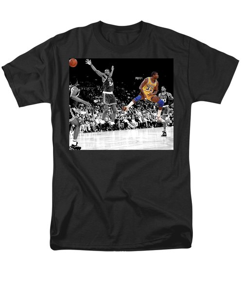Men's T-Shirt  (Regular Fit) featuring the photograph No Look Pass by Brian Reaves