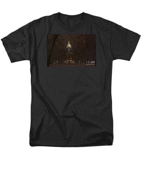 Notre Dame Golden Dome Snow Men's T-Shirt  (Regular Fit)