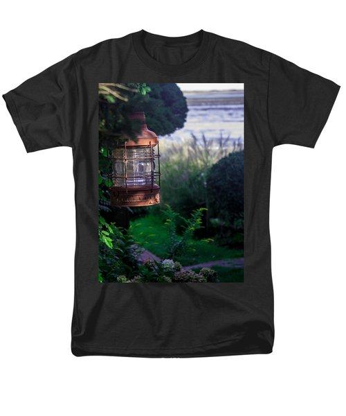 Oceanside Lantern Men's T-Shirt  (Regular Fit)
