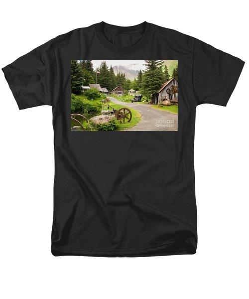 Old Mining Alaskan Town Men's T-Shirt  (Regular Fit)