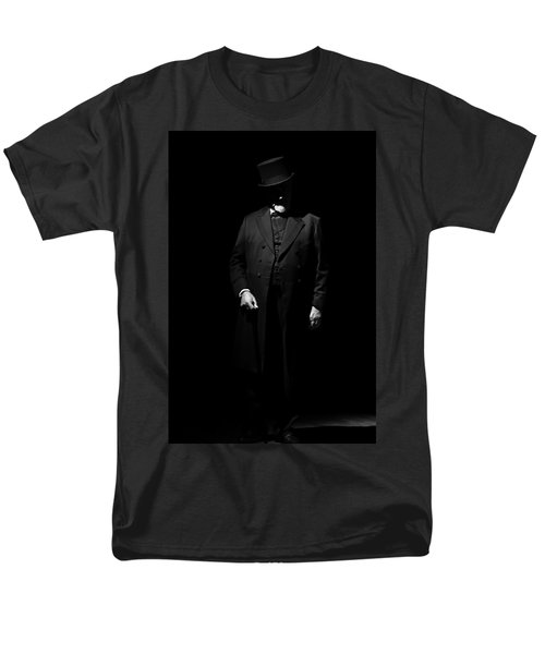 Vintage Gentlemen With Tall Hat - Style Has Not Deadline Men's T-Shirt  (Regular Fit) by Pedro Cardona