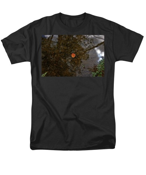 Men's T-Shirt  (Regular Fit) featuring the photograph One Leaf by Jeremy Rhoades