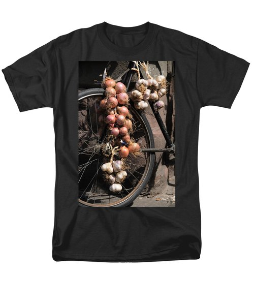 Men's T-Shirt  (Regular Fit) featuring the photograph Onions And Garlic On Bike  by Jeremy Voisey