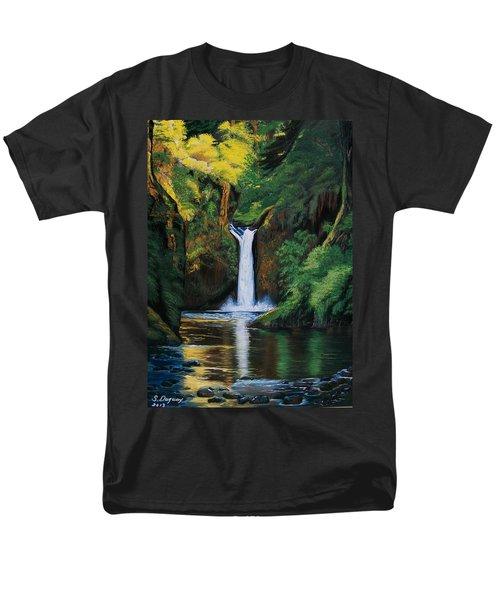 Oregon's Punchbowl Waterfalls Men's T-Shirt  (Regular Fit)