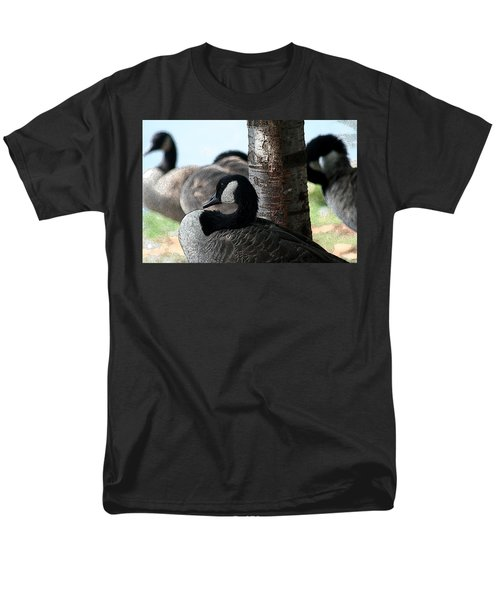 Men's T-Shirt  (Regular Fit) featuring the photograph Pap Daddy Big Spring Park by Lesa Fine