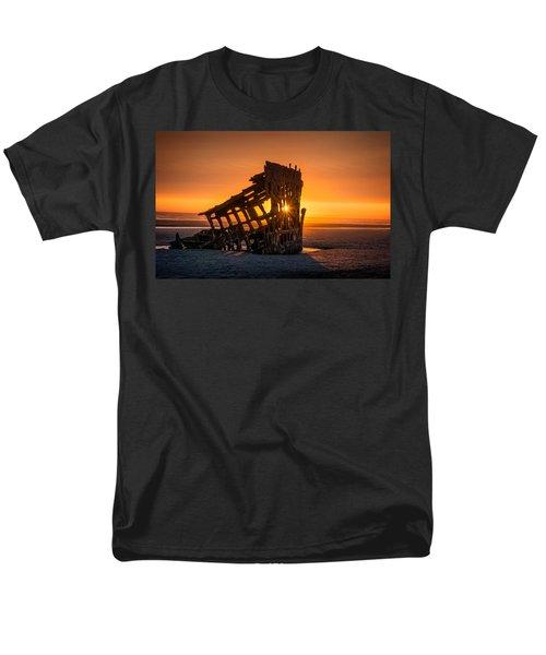 Peter Iredale Ship Men's T-Shirt  (Regular Fit) by James Hammond