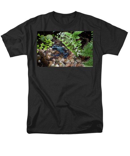 Poison Dart Frog Men's T-Shirt  (Regular Fit) by Carol Ailles