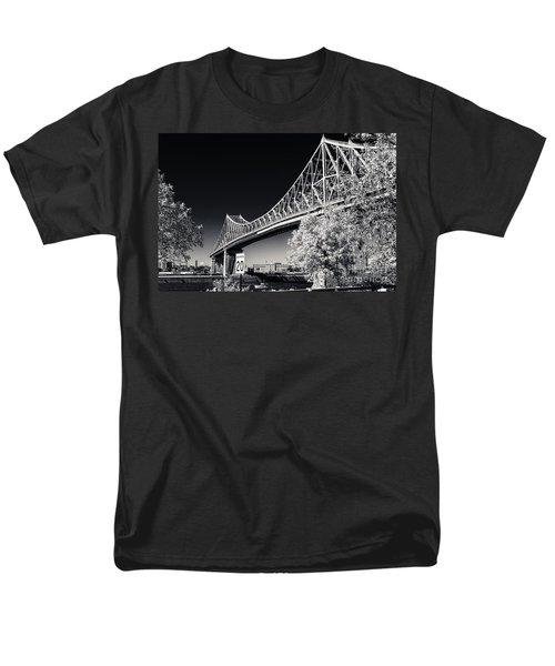 Pont Jacques Cartier Men's T-Shirt  (Regular Fit)