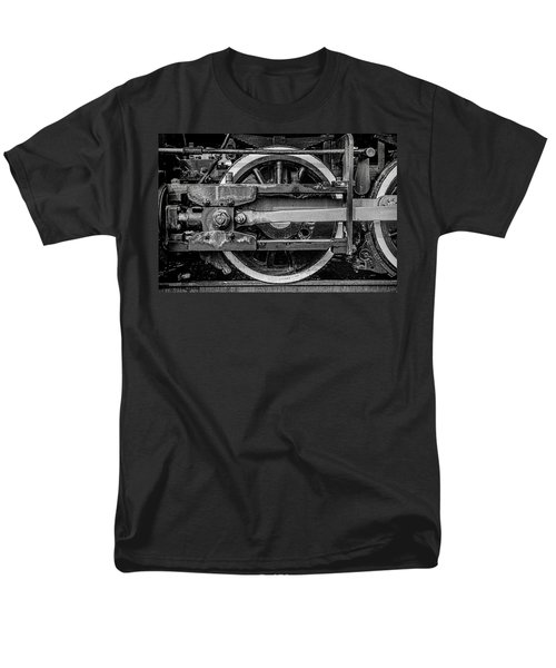 Men's T-Shirt  (Regular Fit) featuring the photograph Power Stroke by Ken Smith