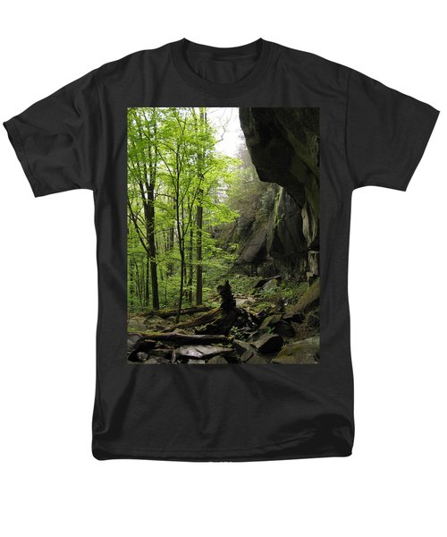Quilliams Cave Men's T-Shirt  (Regular Fit) by Melinda Fawver