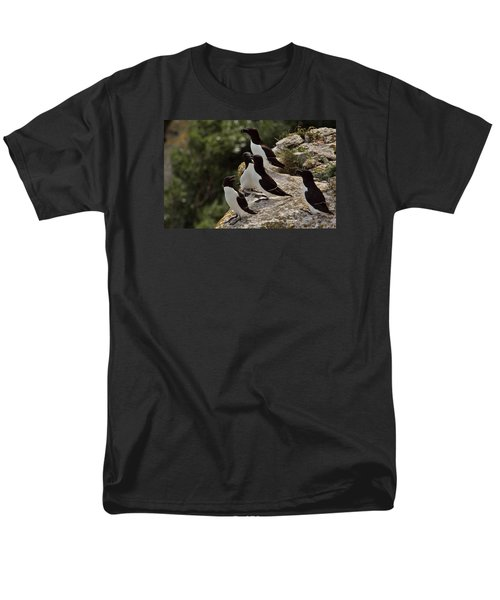 Razorbill Cliff Men's T-Shirt  (Regular Fit) by Dreamland Media