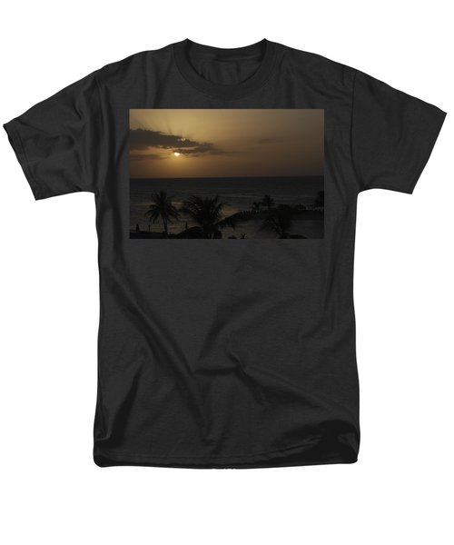 Men's T-Shirt  (Regular Fit) featuring the photograph Reaching For Heaven by Melanie Lankford Photography