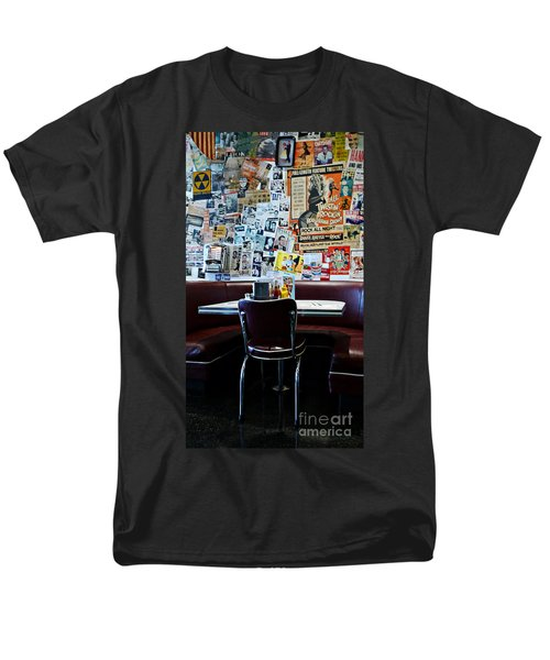 Red Booth Awaits In The Diner Men's T-Shirt  (Regular Fit) by Nina Prommer