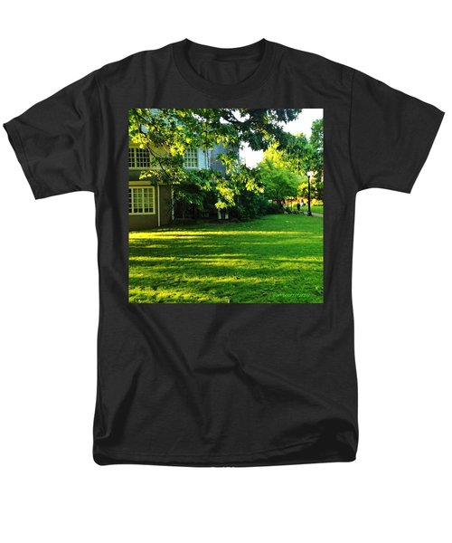 Reed College Campus Evening Light Men's T-Shirt  (Regular Fit) by Anna Porter