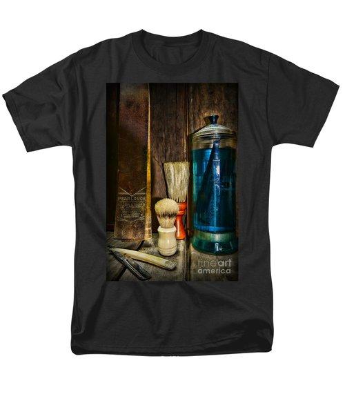 Retro Barber Tools Men's T-Shirt  (Regular Fit) by Paul Ward