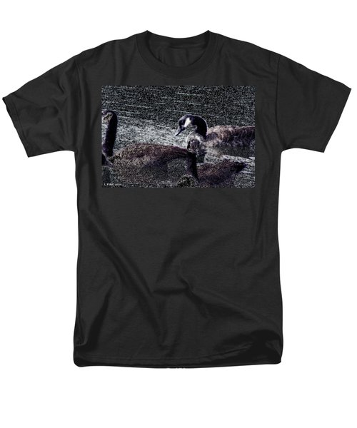 Men's T-Shirt  (Regular Fit) featuring the photograph Right Behind Ya   by Lesa Fine