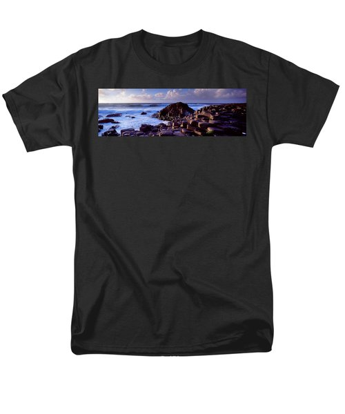 Rock Formations On The Coast, Giants Men's T-Shirt  (Regular Fit) by Panoramic Images