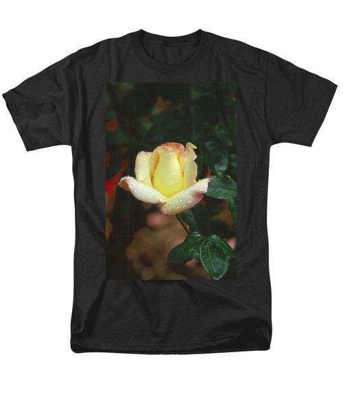 Rose 3 Men's T-Shirt  (Regular Fit)