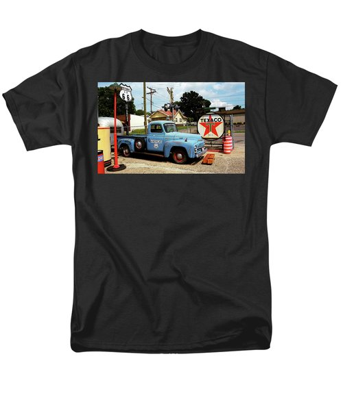 Route 66 - Gas Station With Watercolor Effect Men's T-Shirt  (Regular Fit)