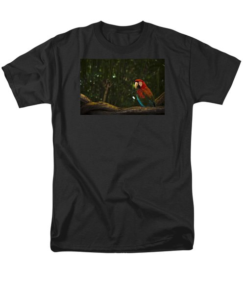 Scarlet Macaw Profile Men's T-Shirt  (Regular Fit) by Bradley R Youngberg