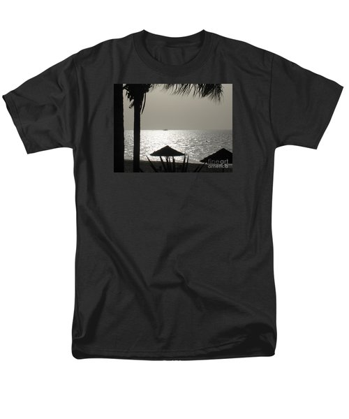 Men's T-Shirt  (Regular Fit) featuring the photograph Seaside Dinner For Two by Patti Whitten