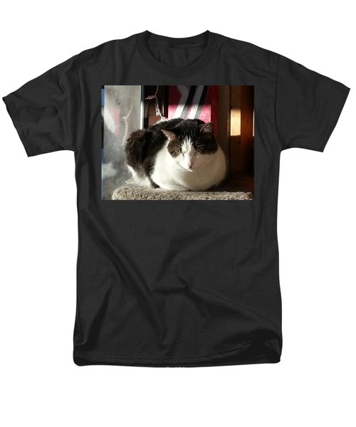 Men's T-Shirt  (Regular Fit) featuring the photograph Shhh by Caryl J Bohn