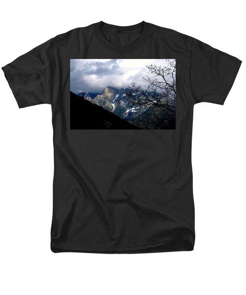 Sierra Nevada Snowy View Men's T-Shirt  (Regular Fit) by Matt Harang