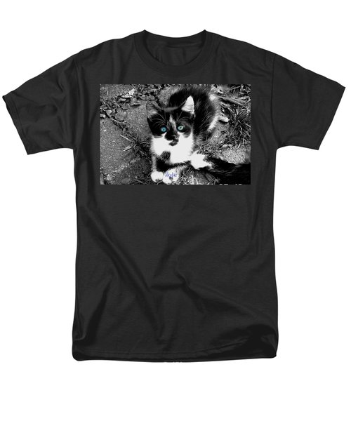 Men's T-Shirt  (Regular Fit) featuring the photograph Skylar Aka Dottie by Cynthia Lassiter