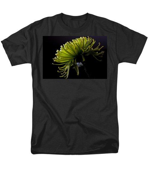 Men's T-Shirt  (Regular Fit) featuring the photograph Spike by Sennie Pierson