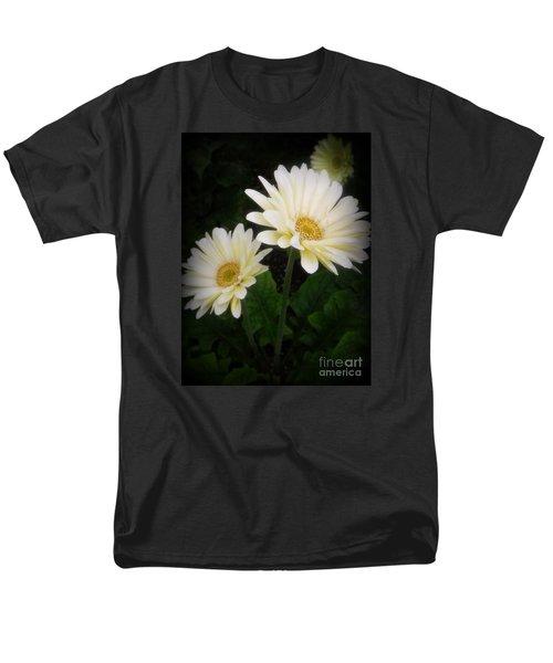 Stand By Me Gerber Daisy Men's T-Shirt  (Regular Fit) by Lingfai Leung
