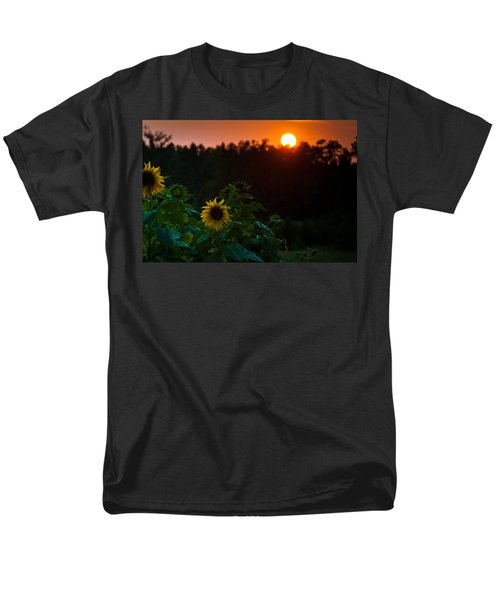 Men's T-Shirt  (Regular Fit) featuring the photograph Sunflower Sunset by Cheryl Baxter