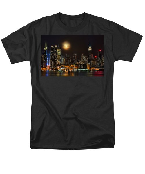 Super Moon Over Nyc Men's T-Shirt  (Regular Fit) by Susan Candelario