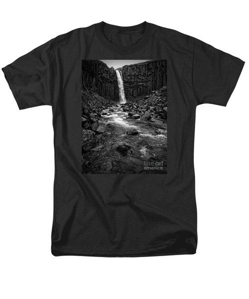 Svartifoss Waterfall In Black And White Men's T-Shirt  (Regular Fit)