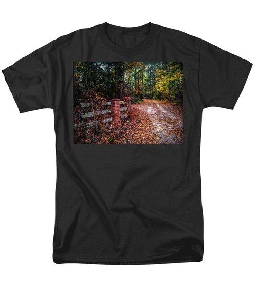 Texas Piney Woods Men's T-Shirt  (Regular Fit) by Linda Unger