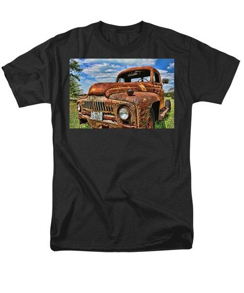 Men's T-Shirt  (Regular Fit) featuring the photograph Texas Truck by Daniel Sheldon