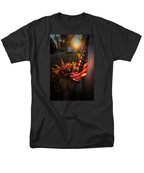 Men's T-Shirt  (Regular Fit) featuring the photograph Thank You For Serving by Robert McCubbin