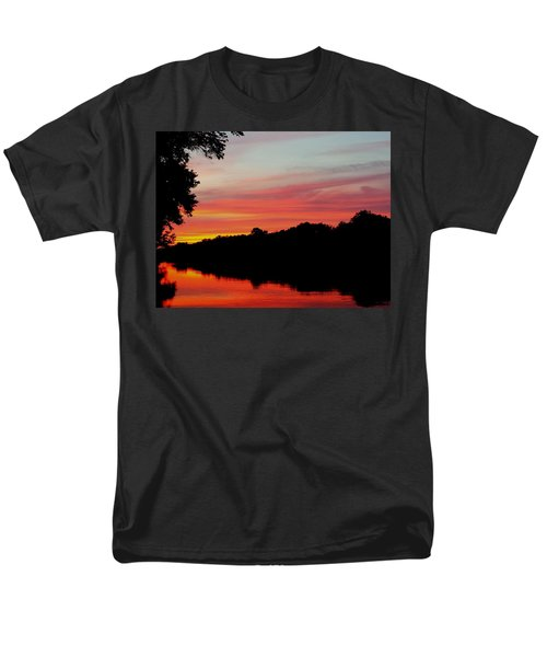 The Cumberland At Sunset Men's T-Shirt  (Regular Fit)