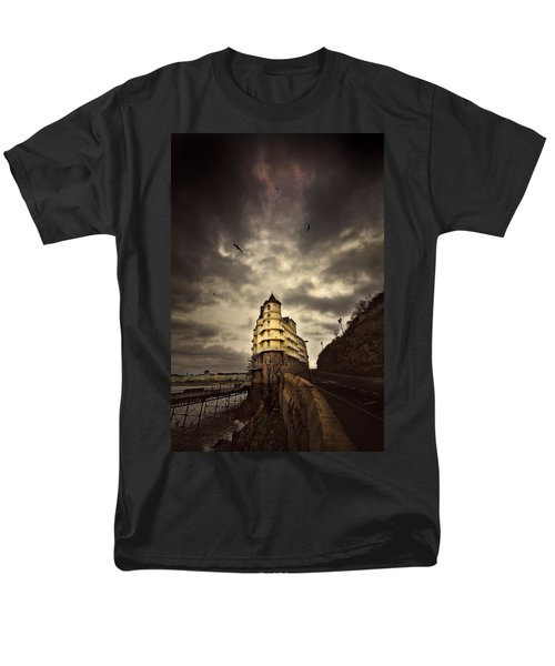 Men's T-Shirt  (Regular Fit) featuring the photograph The Grand by Meirion Matthias
