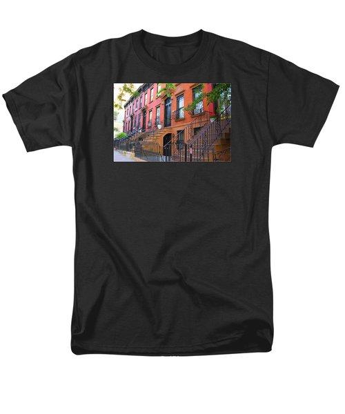 The Historic Brownstones Of Brooklyn Men's T-Shirt  (Regular Fit)