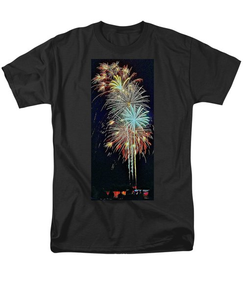 Men's T-Shirt  (Regular Fit) featuring the photograph The Last Shot... by Daniel Thompson