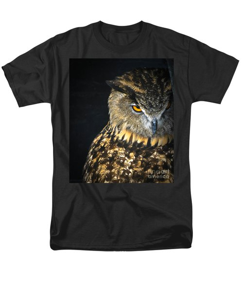 The Look Men's T-Shirt  (Regular Fit) by Amy Porter