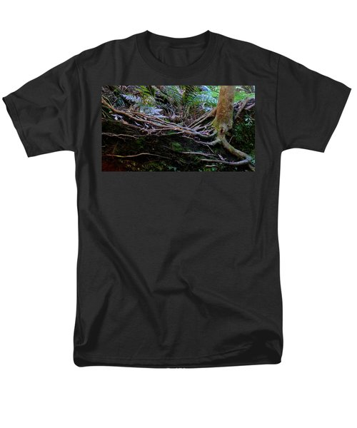 Men's T-Shirt  (Regular Fit) featuring the photograph The Salamander Tree by Evelyn Tambour