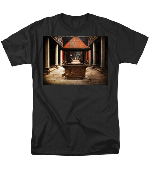 Men's T-Shirt  (Regular Fit) featuring the photograph Thien Hau Temple  by Lucinda Walter