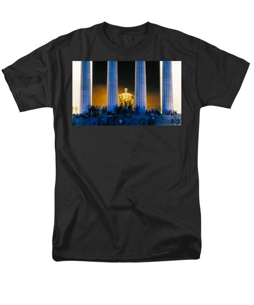 Tourists At Lincoln Memorial Men's T-Shirt  (Regular Fit) by Panoramic Images