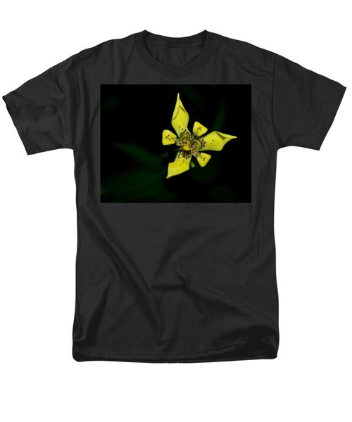 Tropic Yellow Men's T-Shirt  (Regular Fit) by Miguel Winterpacht