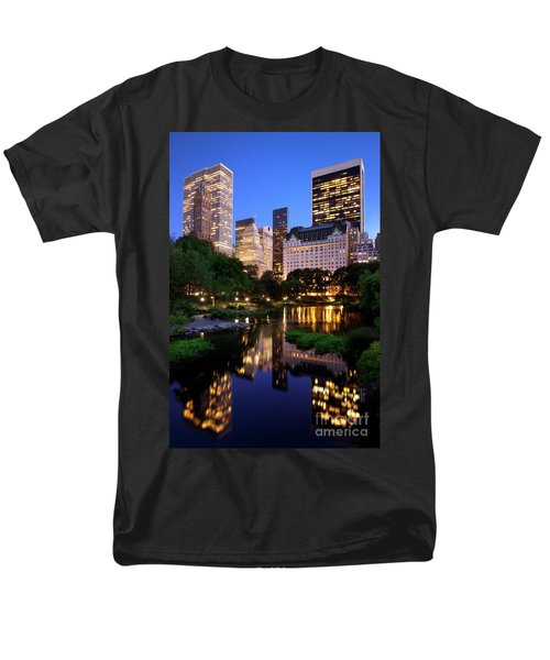 Twilight Nyc Men's T-Shirt  (Regular Fit) by Brian Jannsen